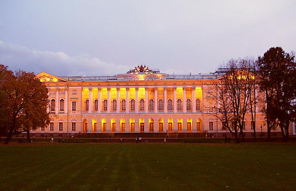 михайловский замок в санкт-петербурге внутри фото